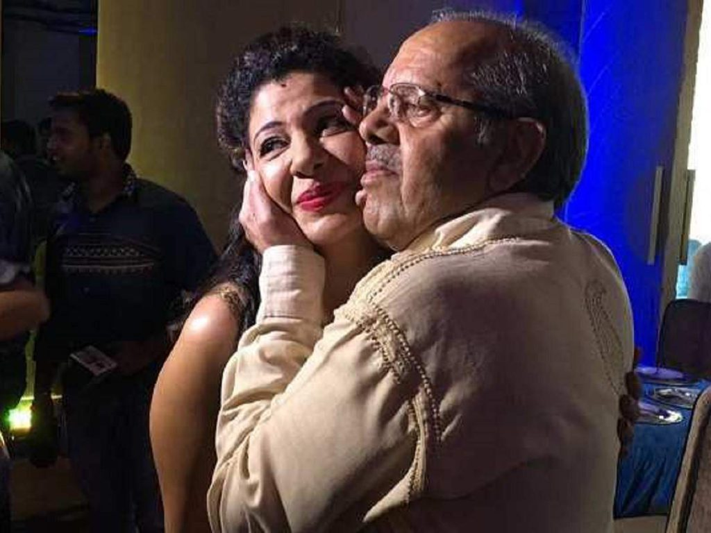Sambhavna Seth said that her father's hands and feet were tied before death.