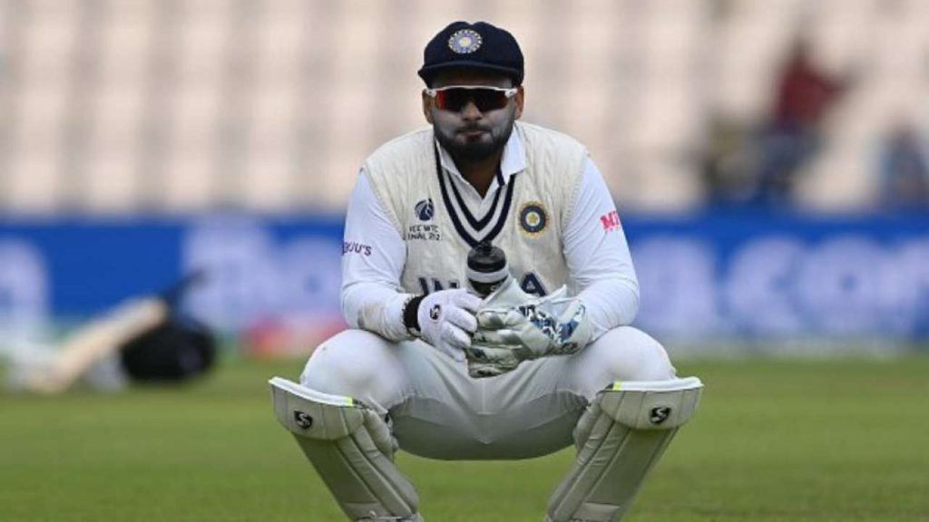 Rishabh Pant recovers form Covid-19 and joins team India